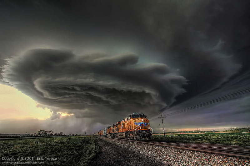 Photograph by Eric Treece, Storm Chaser.