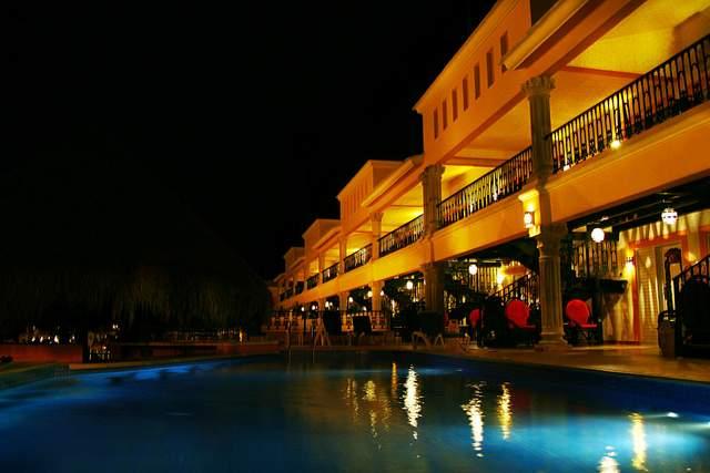 Low Light Digital Photography | Hotel Pool, Playa Del Carmen, Mexico